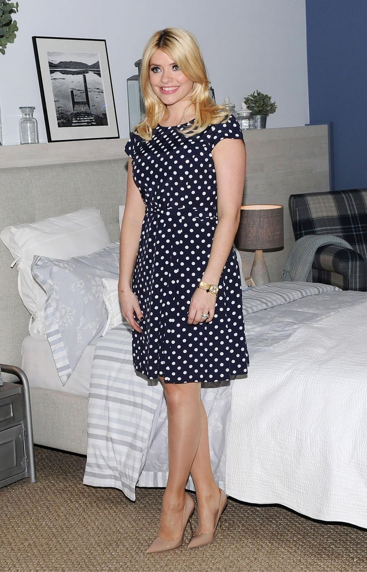 Holly-Willoughby-0216.jpg