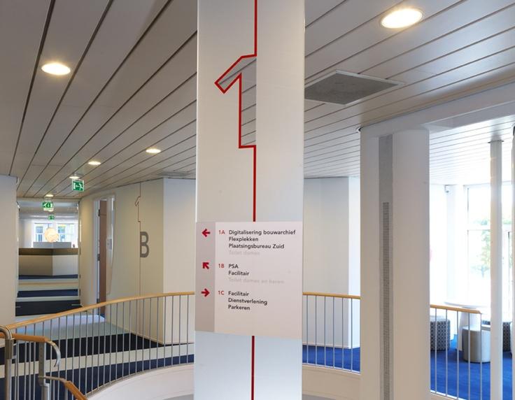 Etageaanduiding Tripolis, Amsterdam Stadsdeel Zuid / bewegwijzering / 2011 - Ontwerp door Cascade - visuele communicatie Amsterdam