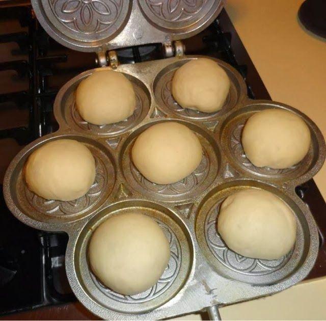 Le Mille e una Torta di Dany&Lory: TIGELLE... DA FARCIRE CON TUTTI I TIPI DI SALUMI!!!1 kg di farina-1 cubetto di lievito di birra-5 cucchiai colmi di olio di semi-40 ml di acqua frizzante-mezzo bicchiere di latte-25 gr di sale -1 cucchiaino raso di zucchero.