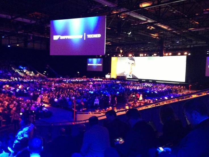 """""""Circa un migliaio i presenti all'inizio di SAPPHIRE NOW 2012"""", il tweet di Andrea Ruscica, Presidente di ALTEA, poco prima dell'inizio di uno tra i più innovativi eventi SAP. 11.2012, Madrid"""