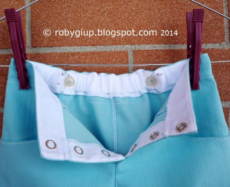 Pantaloncini da bimbo, dettagli dell'elastico ad occhielli in vita - Boy shorts, detail of the elastic waist band with eyelets  - RobyGiup handmade #sewing #clothing #boy #shorts