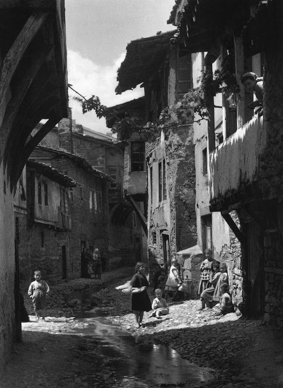 Edessa, 1908 by Frederic Boissonnas