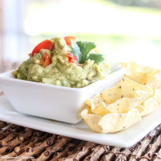 Classic Guacamole #recipe - easy, simple, and tasty!