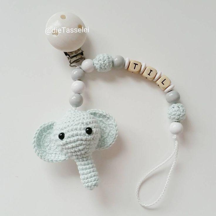 133 vind-ik-leuks, 9 reacties - Idalino handmade (@idalino14) op Instagram: 'Und noch eine Schnullerkette für den kleinen Til @farbsucht 💕  #häkelnisttoll #häkeln #baby…'