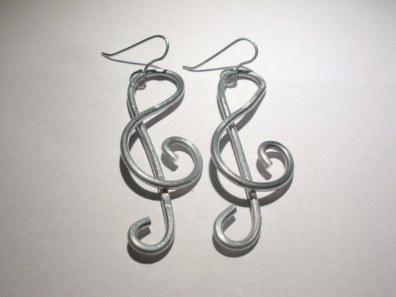 Treble clef earrings. Aluminium earrings. by RamixBijoux on Etsy #italiasmartteam #etsyshop #etsy #shopping #giftidea @etsy