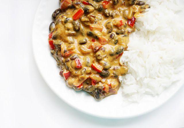 MniuMniu - Kuchnia Wegańska: Czarna fasola w kokosowym curry