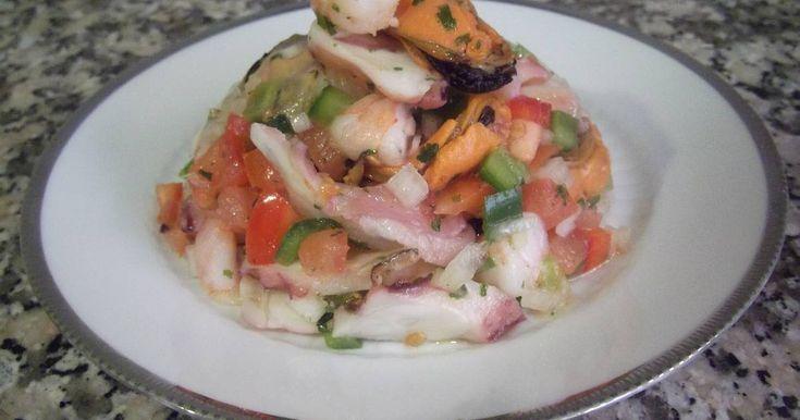 Fabulosa receta para Salpicón de marisco. Puedes ver la vídeo-receta aquí: https://www.youtube.com/watch?v=13CIreJLinE