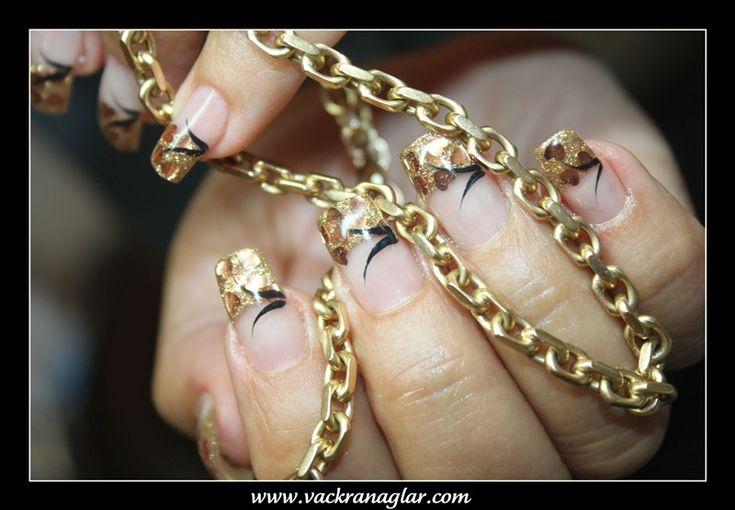 Franskt glitter - Vackra naglar för dig. Jag tycker det ska vara utan det svarta