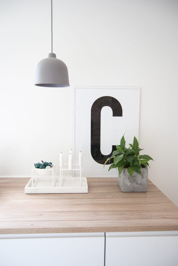 Big & Bold C #typography #typographyposter #letterposter #minimalistisk #minimalisticposter #cleanposter #enkontrast #muutodesign #grainpendant #bylassen #kubus4