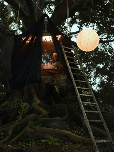 Moon to Moon: August 2010: Bohemian Styles, Trees Tent, Mothers Earth, Trees Forts, Gypsy Styles, Eugenio Recuenco, Trees House, Outdoor Spaces, Small Place