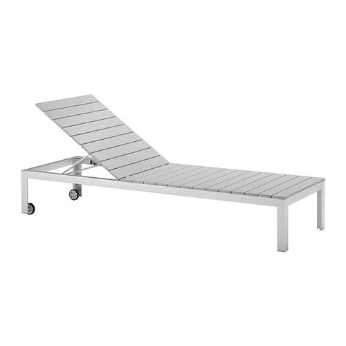 FALSTER Sonnenliege IKEA Rückenlehne 6-fach verstellbar. Dank der Rollen leicht umzustellen.