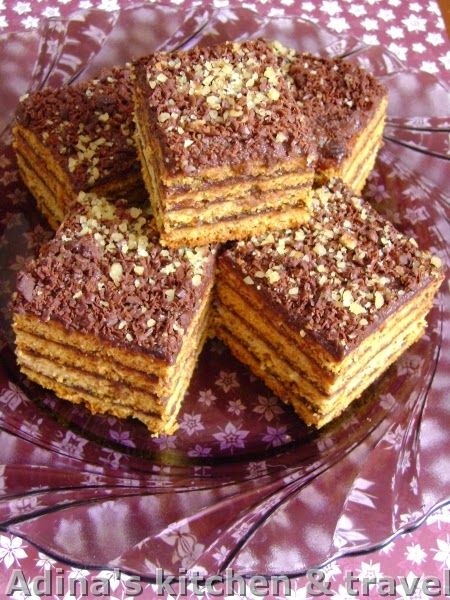 Adina's kitchen & travel: Foi fragede cu miere si crema de ciocolata , nuca si rom