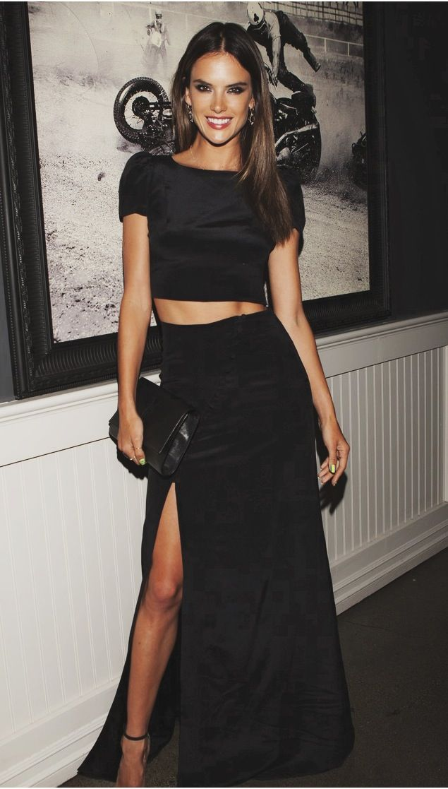 Alessandra #Ambrosio in #black ensemble