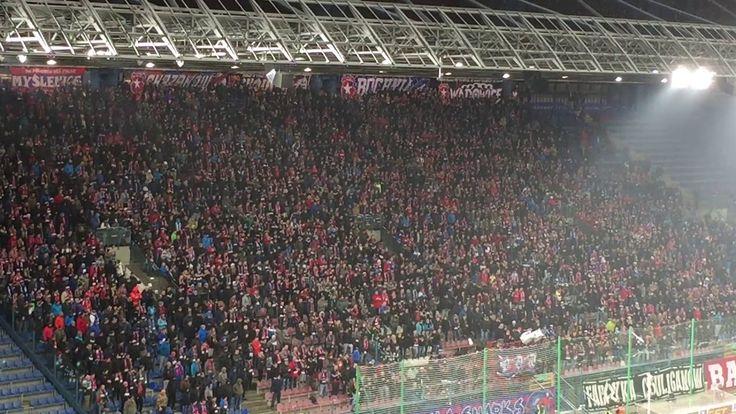 E: Wisła Kraków - Górnik Zabrze. [Wisła fans]. 2017-12-03