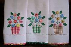 http://filomena-crochet-tricot-costura.blogspot.com/ Adorei !!!