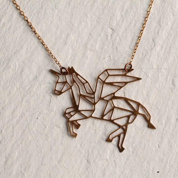 El collar que toda fan de los unicornios querrá en este instante ($443)…