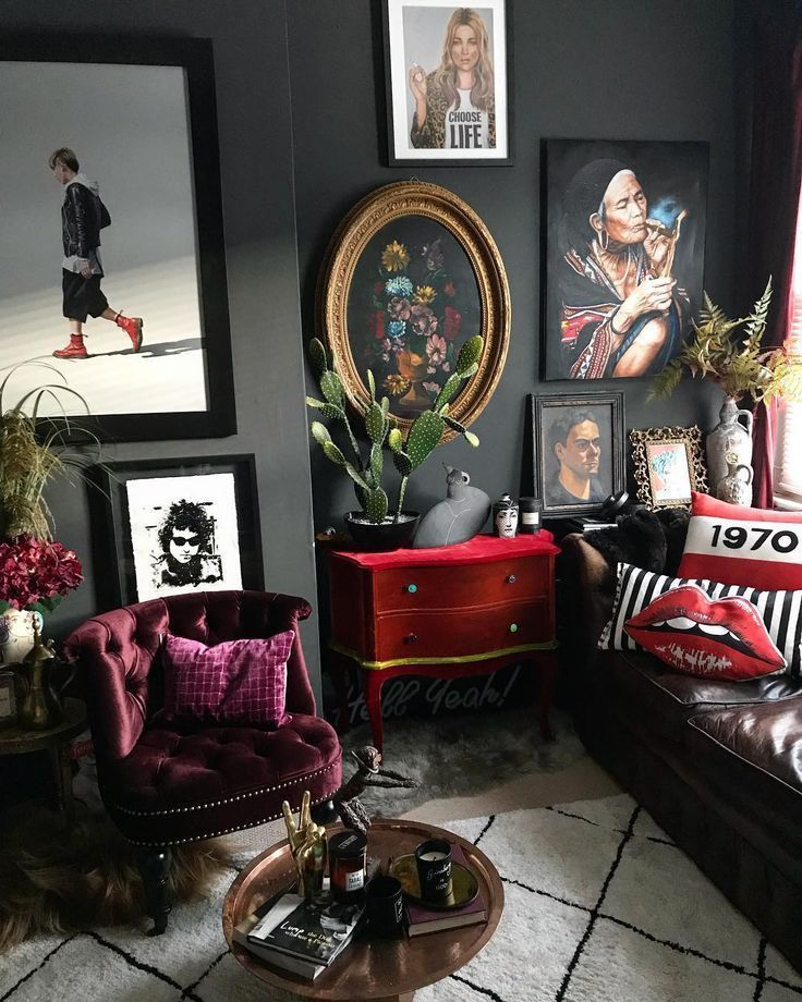 20 Exceptionally Eclectic Living Space Styles Eclectic Living Room House Interior Dark Living Rooms