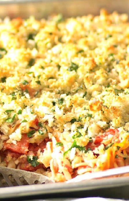 Low FODMAP Recipe and Gluten Free Recipe - Creamy salmon pasta bake --- http://www.ibs-health.com/low_fodmap_creamy_salmon_pasta_bake.html