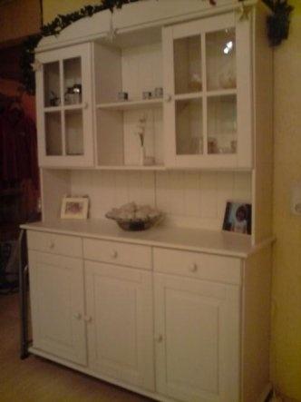 Landhausmöbel weiß streichen