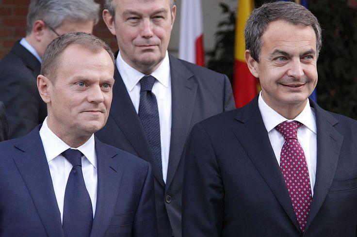 Donald Tusk with Prime Minister of Spain José Luis Rodríguez Zapatero in 2011