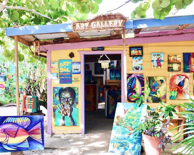 """Love grows, in your art and in your soul"" Words of wisdom at Art n Soul Gallery in Placencia 