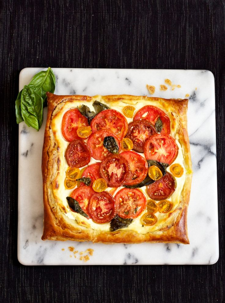 heirloom tomato tart with ricotta cheese and basil heirloom tomato, basil and ricotta tart