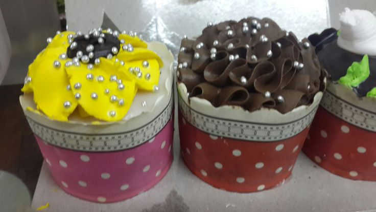 Customised cup cakes.