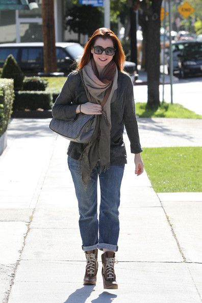 Alyson Hannigan Photos: Alyson Hannigan Leaves the Andy Lecompte Salon in West Hollywood