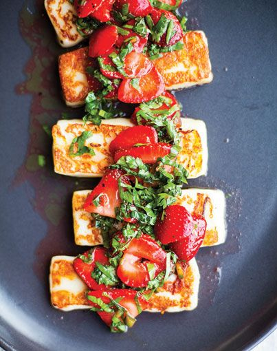 Grilled cheese with strawberries and herbs? Yes, please! This Halloumi with Strawberries and Herbs would be a great addition to a cookout for the vegetarians at the party--no meat eater would turn it down either!
