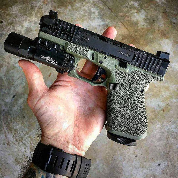 Manufacturer: Glock Mod. G19 Gen4  Type - Tipo: Pistol  Caliber - Calibre: 9 mm  Capacity - Capacidade: 15 Rounds  Barrel length - Comp.Cano: 4 Weight - Peso: 595 g  #progun#g19#handgun#armaswords by armaswords Save those thumbs & bucks w/ free shipping on this magloader I purchased mine http://www.amazon.com/shops/raeind  No more leaving the last round out because it is too hard to get in. And you will load them faster and easier, to maximize your shooting enjoyment.