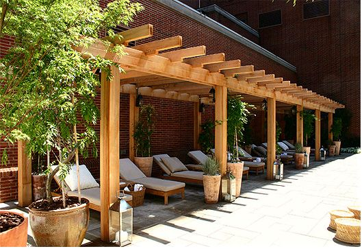 Contemporary hotel pergola a simple yet elegant design for Simple pergola ideas