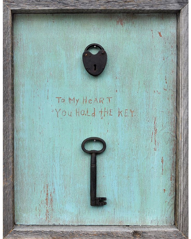 To my heart you hold the key, I'm sure I can make this with a thrift store find!