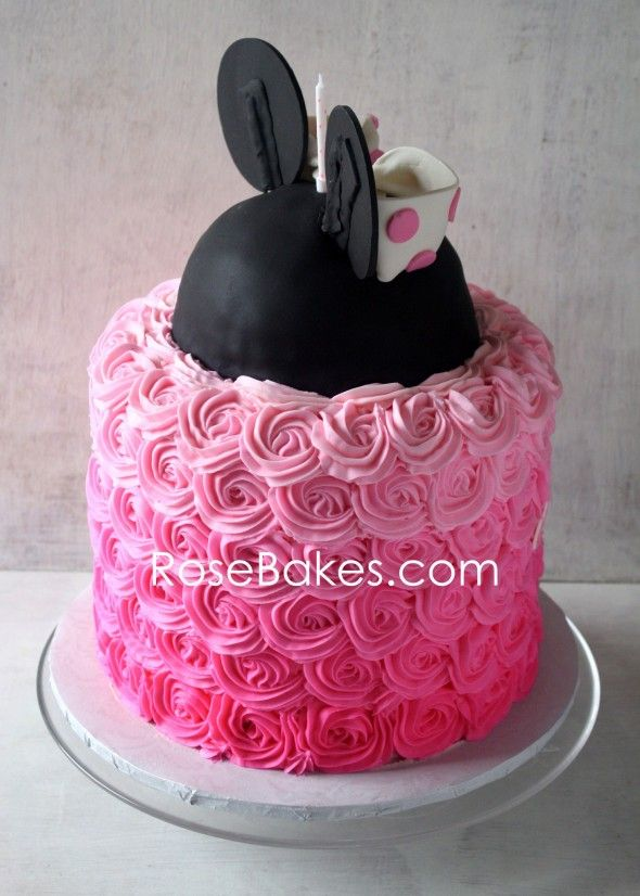 124 best Minnie Mouse cakes images on Pinterest Minnie mouse cake