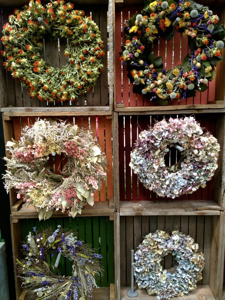 Selling Wreaths At Craft Fairs