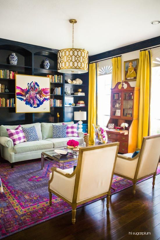 There's no denying that colorful spaces like this vivid living room are super fun to admire.