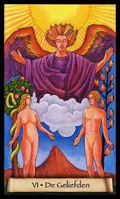 Tarot- Kaart de Geliefden met Aartsengel Rafael op de achtergrond.