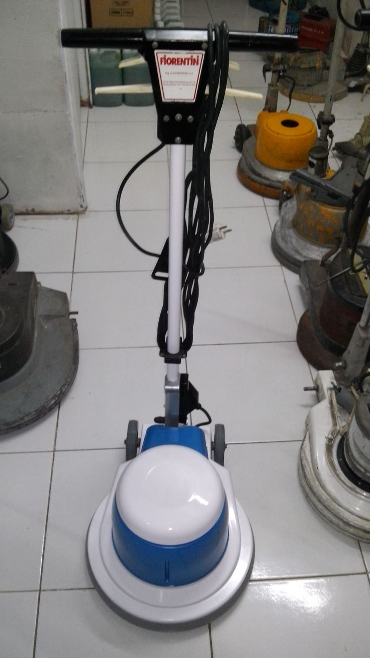 mesin polisher lantai second Fiorentini Jolly 17 spesifikasi : Model : Jolly 17 Power : 1200 Watt Diameter : 17 Inch Speed : 175 Rpm Weight : 50 Kg Cable : 11 M Including : Main body,pad holder,water tank Country : Italy BARU / SECOUND  0812 8353 8362
