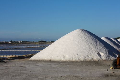 Just harvested #salt at #Trapani Salt pans. The quality of this salt is among the best ones in the world, for its purity and flavour. The #salt pans are also a protected ecosystem and its #birds, #views and silence are worth a visit :) For more informaton have a look at bebtrapanilveliero.it