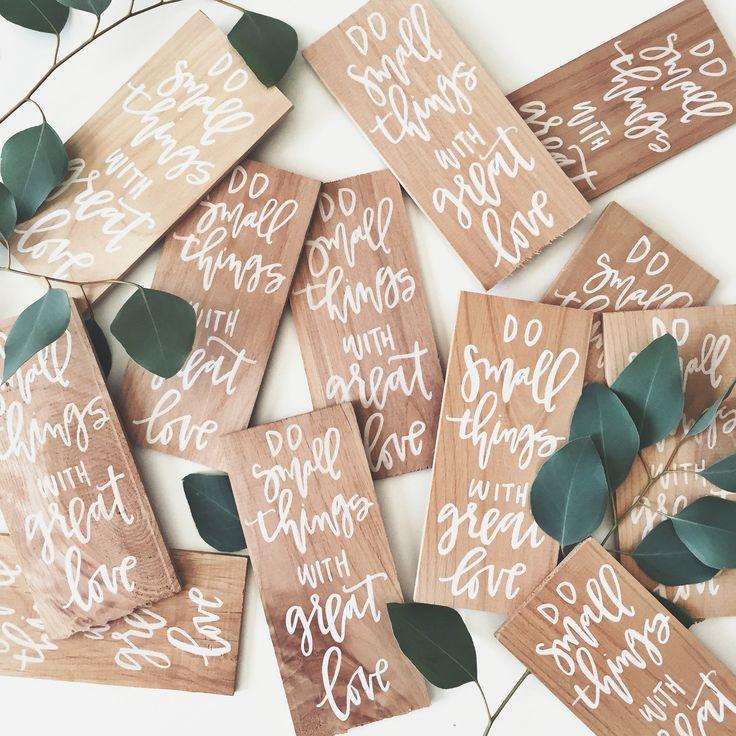 Mini Wood Sign Favors Simple wedding favors, Wedding