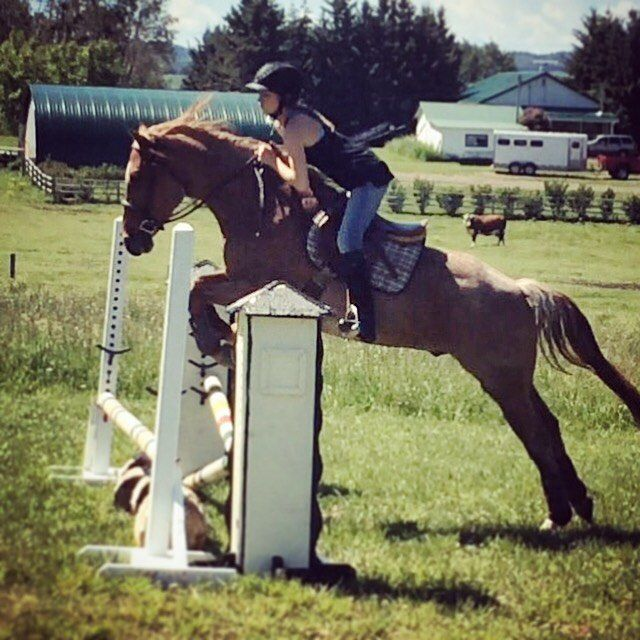 Amber Marshall jumping on Nitro at friends house