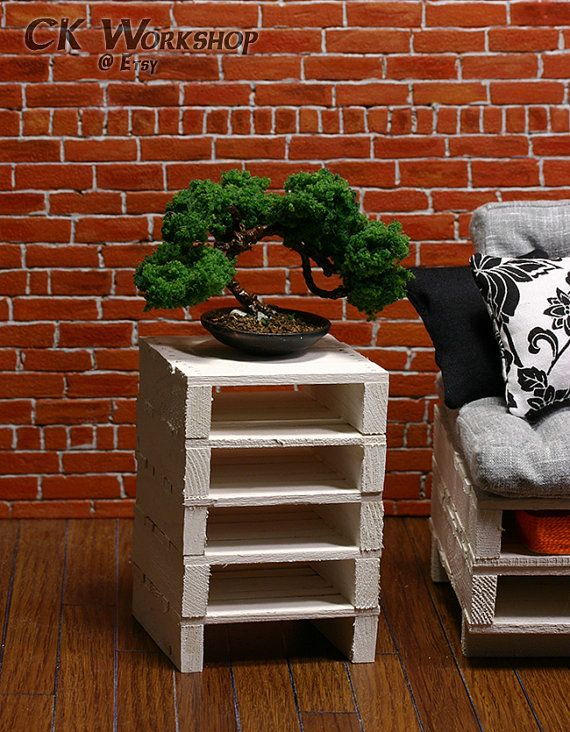 1 Whitewashed End Table Wood pallet furniture for by ckworkshop, $25.00