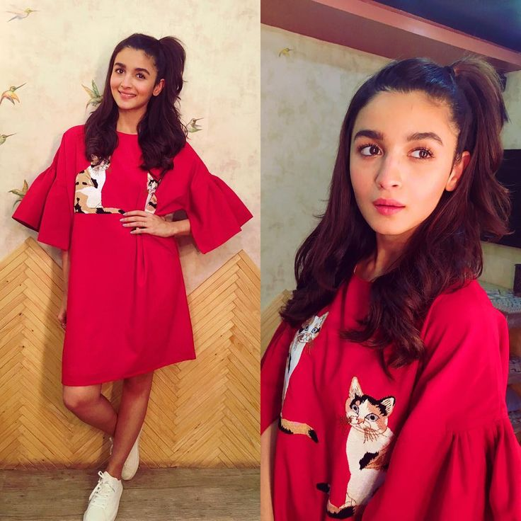 #DearZindagi promotions before heading off! Wearing @Pinkporcupines and @nativeshoes styled by @stylebyami @shnoy09 hair by lovely @ayeshadevitre and make up by beauty @puneetbsaini @sajzdot @grish1234 ✌️️✌️️✌️️✌️️