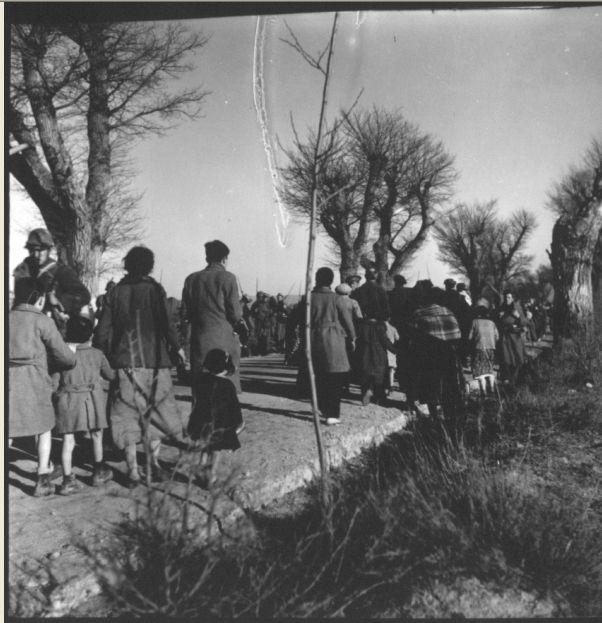 Evacuación de Teruel. Kati Horna.AGGCE