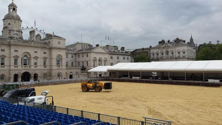 Preparing the arena surface #showjumping