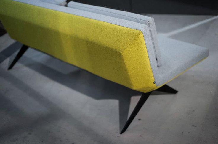 Sofa LCD - prototyp. Projekt: Renata Kalarus. Zdjęcie: Przemek Szuba.