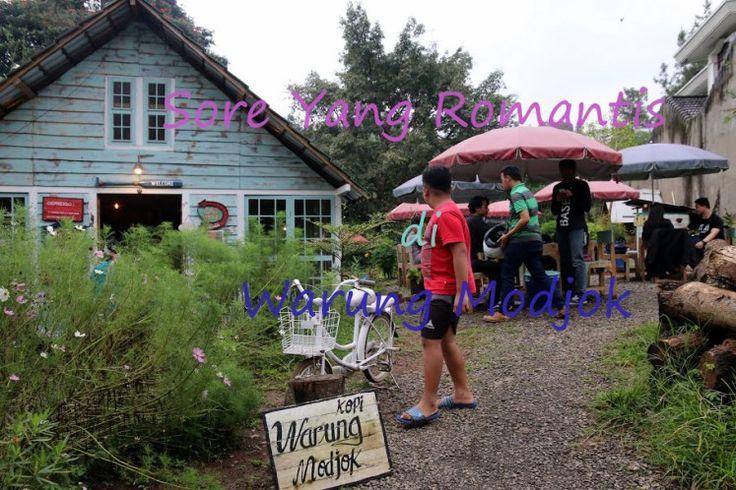 (NewPost) Sore Romantis di Warung Modjok  http://goo.gl/l6tHMm