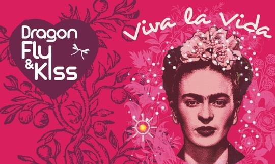 Dragonfly & Kiss Project, comment faire du bien avec du beau ? Une luxueuse collection de tee-shirts en coton biologique Frida Kahlo !