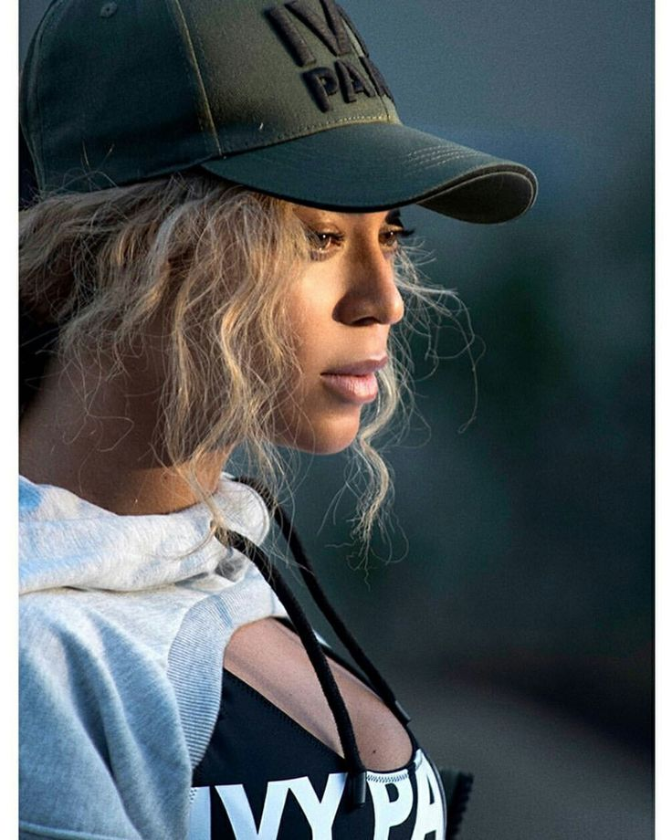 Beyonce Knowles Beyonce And Jay Z Hovah Beyonce