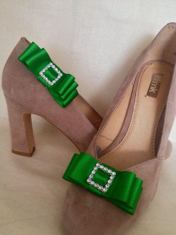 Emerald green double bow ribbon shoe clips by DesignedbyDivas, $24.95