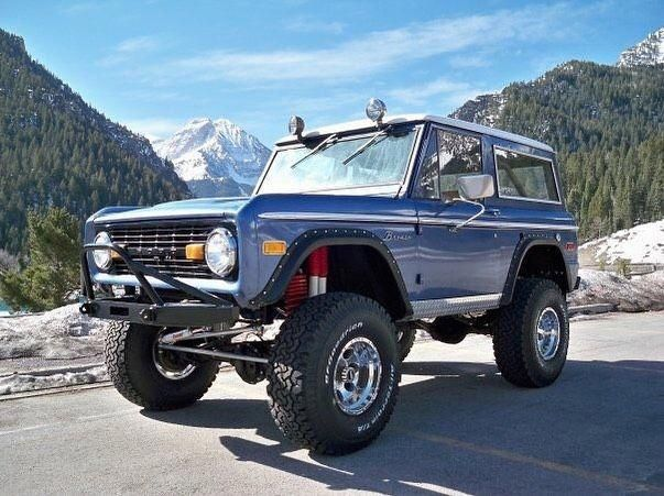 Have A Look At The Customization And Trim On This Awesome Customfordsuv Classic Ford Broncos Ford Bronco Classic Bronco